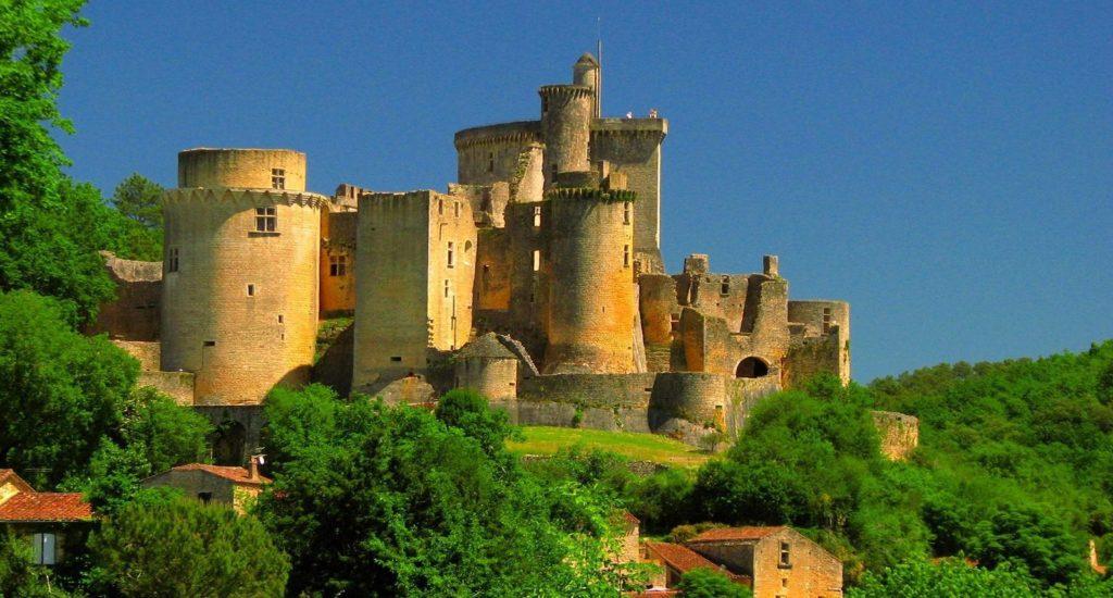 15308_le-chateau-de-bonaguil-haut-agenais-aquitaine-1
