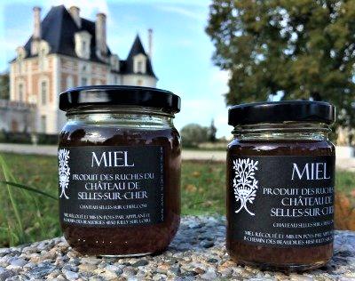 © Miel du Château de Selles-sur-Cher. Adopter le naming pour son site historiqe en créant sa marque.